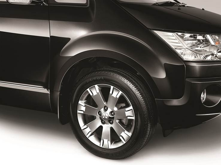 Performance Car Delica - New Alloy Wheel Design - Mitsubishi Dealer Jakarta | Showroom Promo Harga Mitsubishi