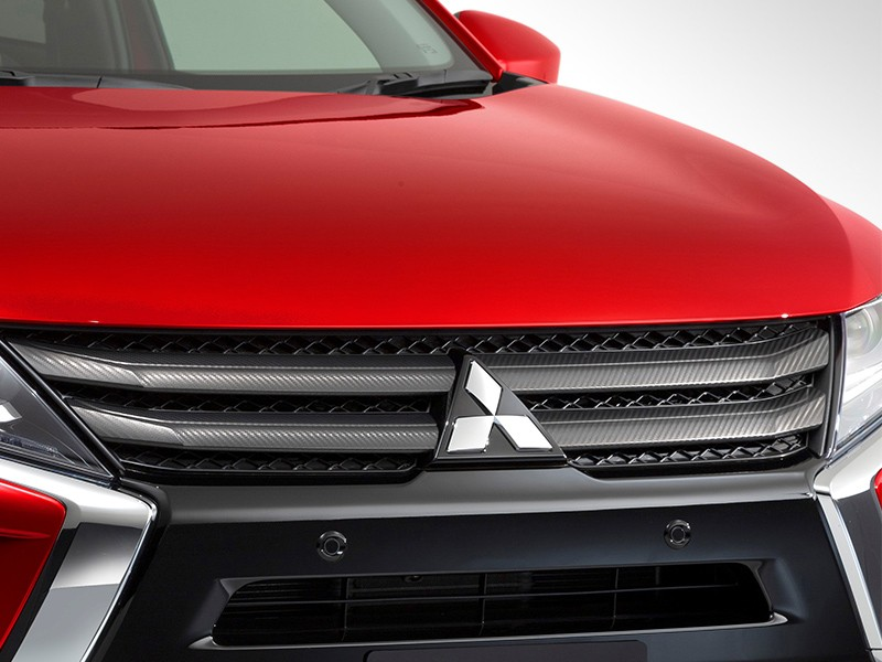 Accessories Car - Carbon Look Front Grille - Eclipse Cross - Mitsubishi Dealer Jakarta - Harga Dealer Resmi Mitsubishi