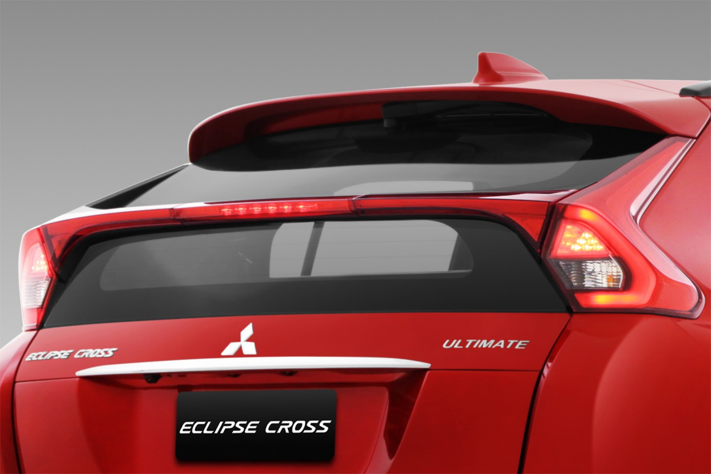 Exterior Car - Rear Luggage Lamp - Eclipse Cross - Mitsubishi Dealer Jakarta - Harga Dealer Resmi Mitsubishi