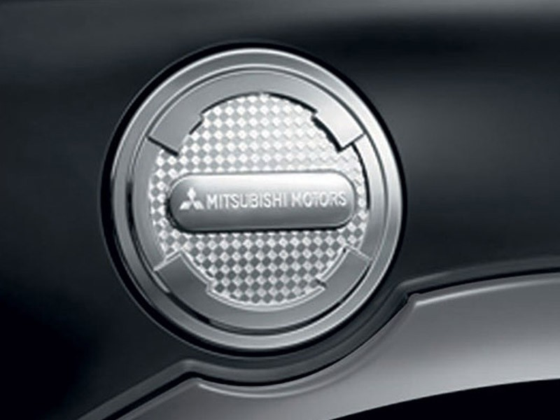 Accessories Car Triton 4x4 - Fuel Lid Garnish - Mitsubishi Dealer Jakarta | Showroom Promo Harga Mitsubishi