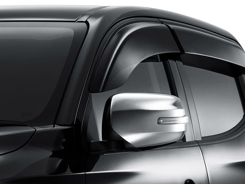 Accessories Car Triton 4x4 - Side Window Deflector - Mitsubishi Dealer Jakarta | Showroom Promo Harga Mitsubishi