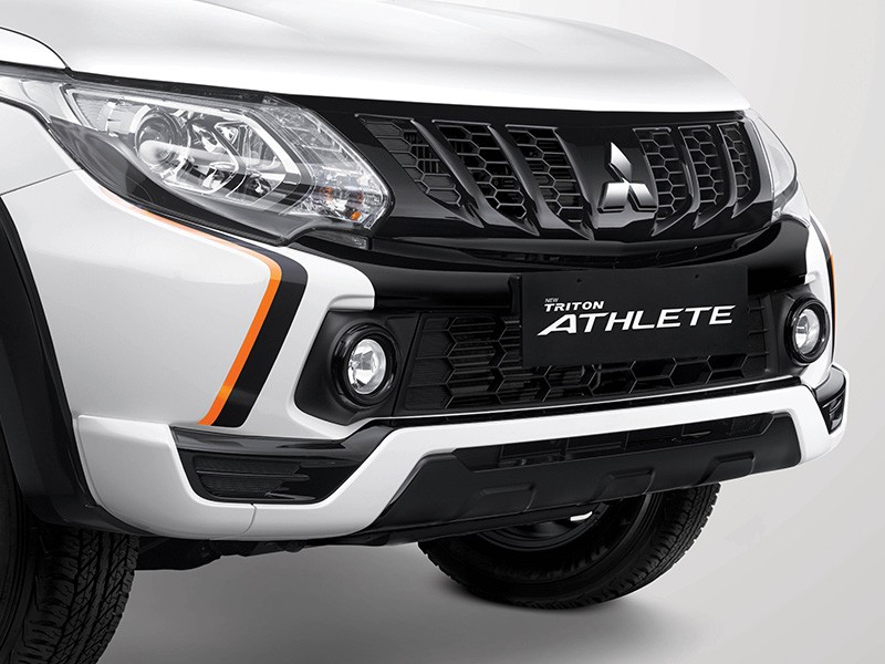 Interior Car Triton Athlete - Sporty Front Bumper Garnish - Mitsubishi Dealer Jakarta | Showroom Promo Harga Mitsubishi