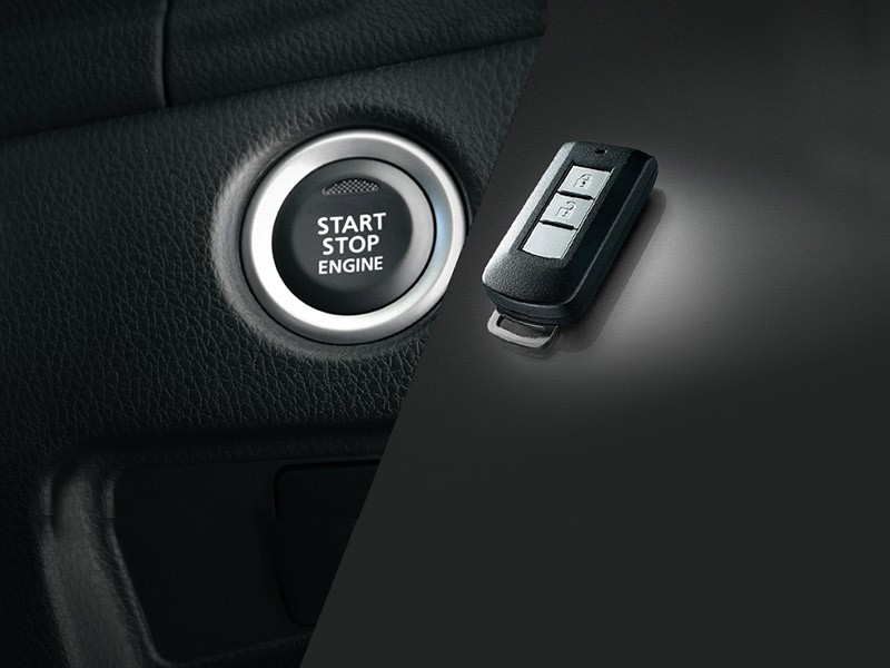 Interior Car Triton Athlete - KOS (Keyless Operating System) - Mitsubishi Dealer Jakarta | Showroom Promo Harga Mitsubishi