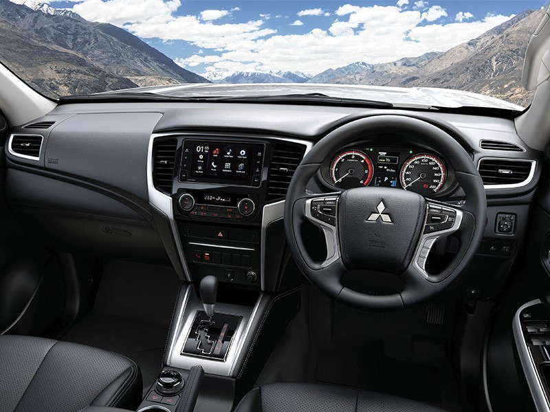 Interior Car - New Leather InttInterior - Triton - Mitsubishi Dealer Jakarta - Harga Dealer Resmi Mitsubishi